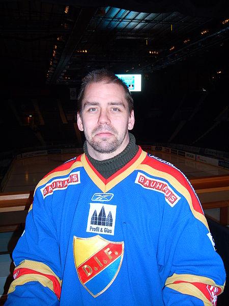 Nichlas Falk