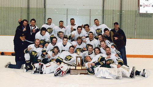 2010 SEMHL champs Warren Mercs.jpg