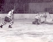 31Jan1943-Brimsek vs NYR
