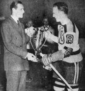 1941-Nov-Cowley Hart Trophy