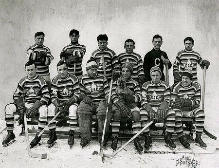 MontrealCanadiens19121913.jpg