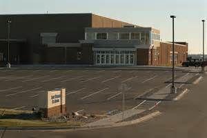 St. Thomas Ice Arena.jpg