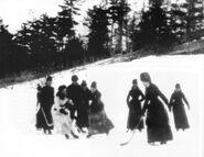 Womenplayinghockey