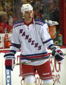 Brandon Dubinsky 2011.png
