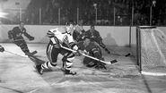 1959-Jan10-Horvath scores Bower