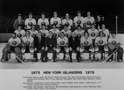 1975-76 Islanders.jpg