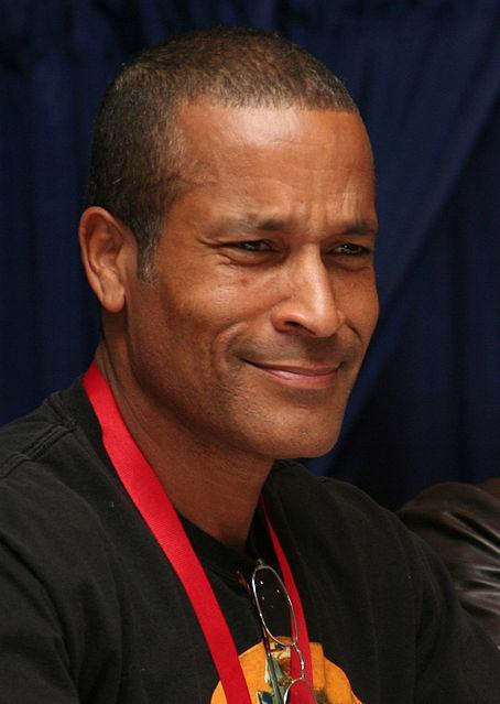 Phil Morris (actor)