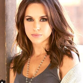 Lacey Chabert.jpeg