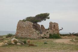 Torre òptica adjacent al castell