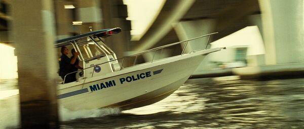 Miamipolice3.jpg