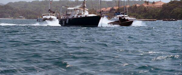 Qosboat1.jpg