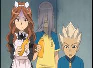 Kageno scaring Natsumi and Gouenji