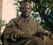 Marcus statue-1-