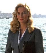 Charakter Dr. Elsa Schneider