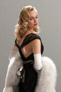 Diane Kruger pose