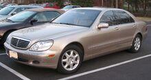 Mercedes-Benz W220.jpg