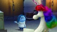 Tristeza le habla a Unicornio Arcoíris