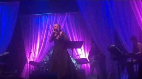 Monika_Absolonová_-_Najednou_(Live)