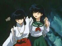 Kikyo and kagome.jpg
