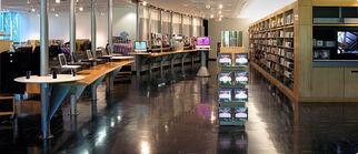 Apple Company Store interior 2008-06-04