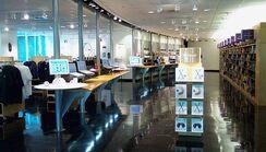 Apple Company Store interior 2002-05-06