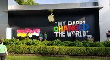 Apple Manhasset boarded 2020-06-09 mural