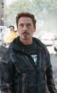 220px-Robert Downey Jr. as Iron Man in Avengers Infinity War