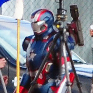 Iron-patriot-iron-man3-02.jpeg