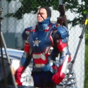 Iron-patriot-iron-man3-04.jpeg