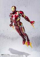 Civil-War-Iron-Man-SH-Figuarts-005