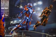 Marvel-iron-man-3-disco-mark-xxvii-sixth-scale-hot-toys-902771-09