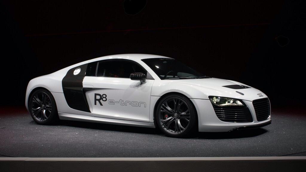Audi R8 e-tron (White)