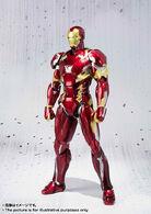Civil-War-Iron-Man-SH-Figuarts-002