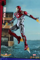 Hot-Toys-SMHC-Mark-XLVII-Collectible-Figure PR3