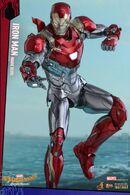 Hot-Toys-Iron-Man-Mark-47-figure-lit-up