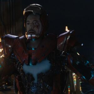 Anthony Stark (Earth-199999) with Iron Man Armor MK XXXIII (Earth-199999) from Iron Man 3 (film) 001.jpg