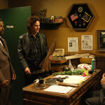 9x09 The Gang Makes Lethal Weapon 6 - 5.jpg