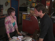 1x4 Dennis Waitress