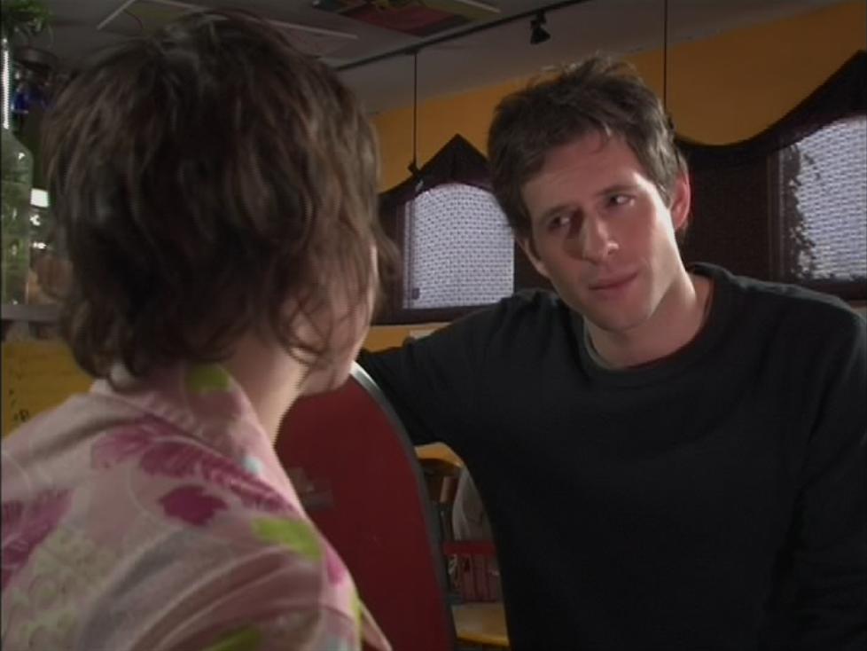 1x4 Dennis Waitress 2.png