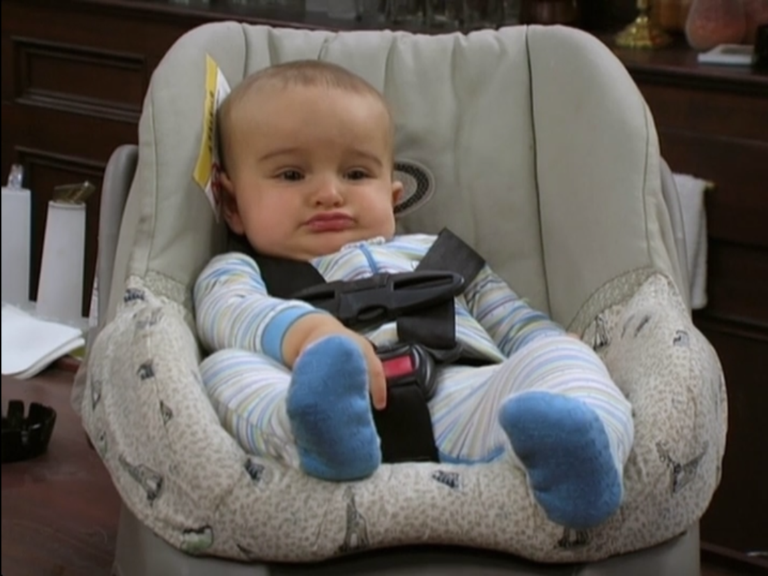 3x01 The Gang Finds a Dumpster Baby 02.png