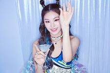 ITZY IT'z ICY Yeji Promotional Picture (2)