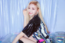 ITZY IT'z ICY Yuna Promotional Picture (2)