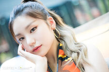 ITZY ItZ ICY Naver x Dispatch Yeji 3