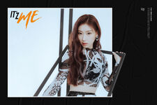 IT'z ME Chaeryeong Promotional Picture (1)