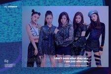 ITZY ITZ Different Promotional Picture Group 4