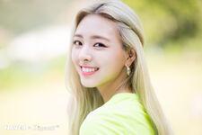 ITZY ItZ ICY Naver x Dispatch Yuna 11
