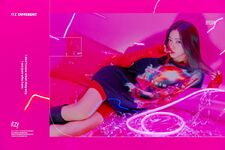 ITZY Ryujin IT'z Different promotional photo 1