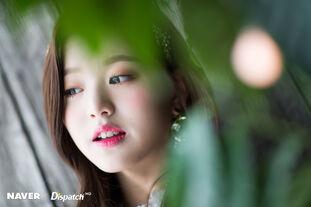 Naver x Dispatch Maknae Wonyoung 4