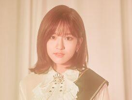 COLORIZ Photobook Rose Ver Yujin 3