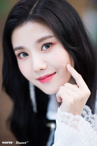 Eunbi Naver x Dispatch 2018 7